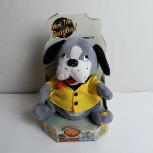 """Meet the Beagles """"Can't Buy Me Love"""" singing plush"""